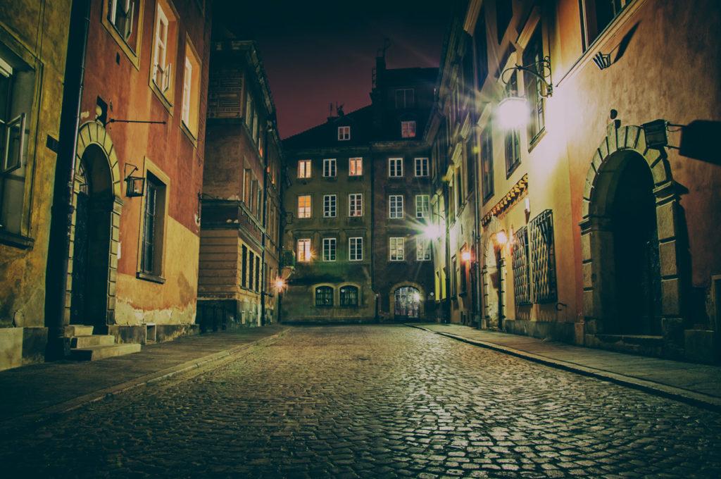 jak spędzić udany wieczór w Warszawie